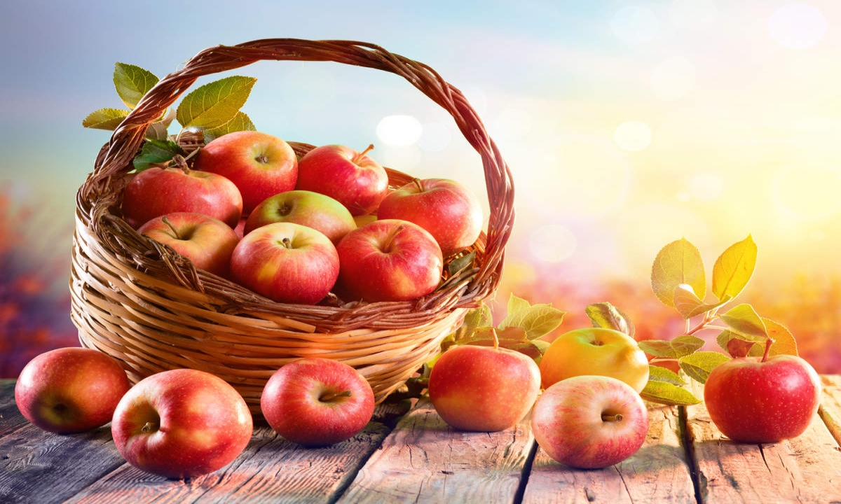 What Happens To Eat Apple At Night-TeluguStop.com