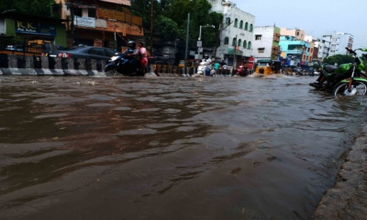 16 Telangana Districts See Flooding Due To Heavy Rains-Environment/Wildlife News-Telugu Tollywood Photo Image-TeluguStop.com