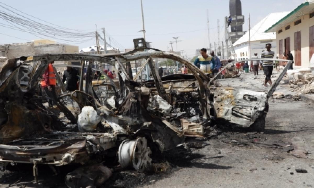 23 Dead In Islamist Attacks On 2 Somalian Bases-TeluguStop.com