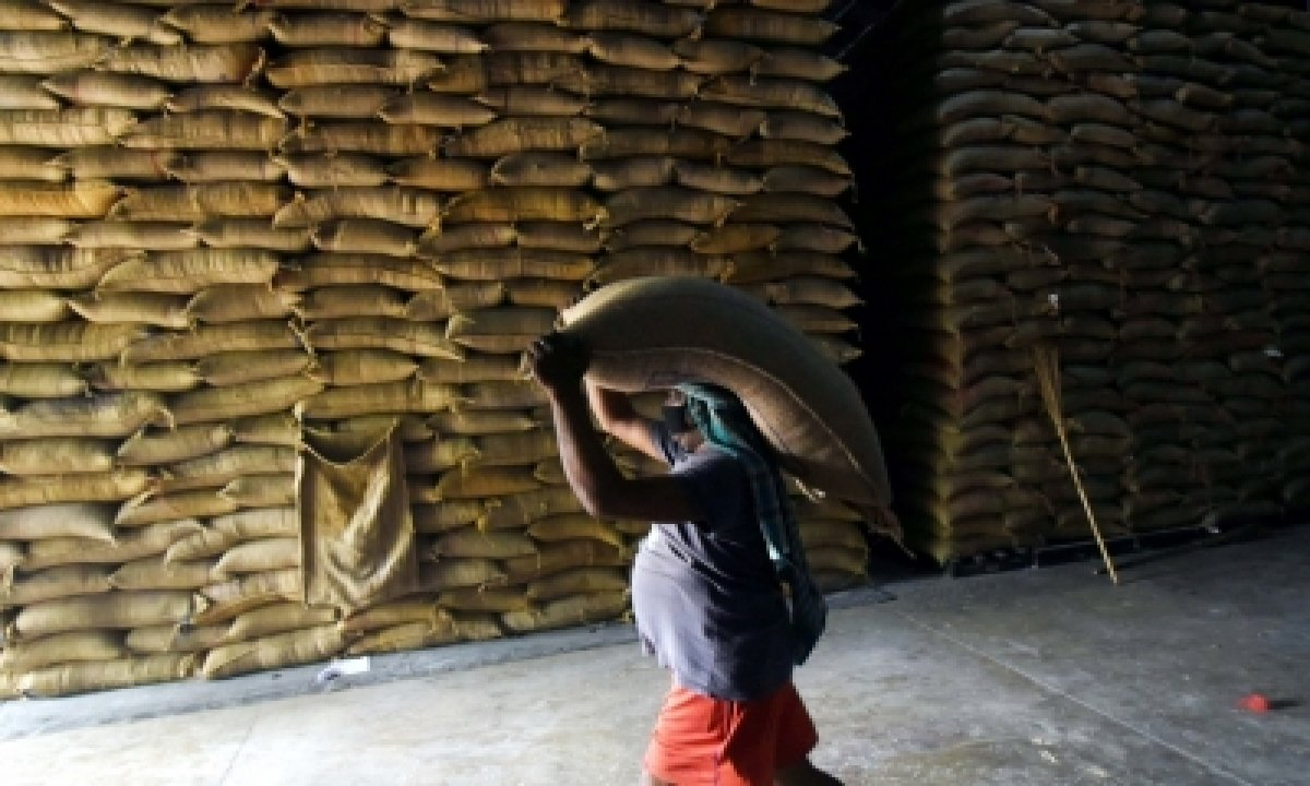 28 States/uts Start Lifting Foodgrains For Distribution To 80 Cr Beneficiaries-TeluguStop.com