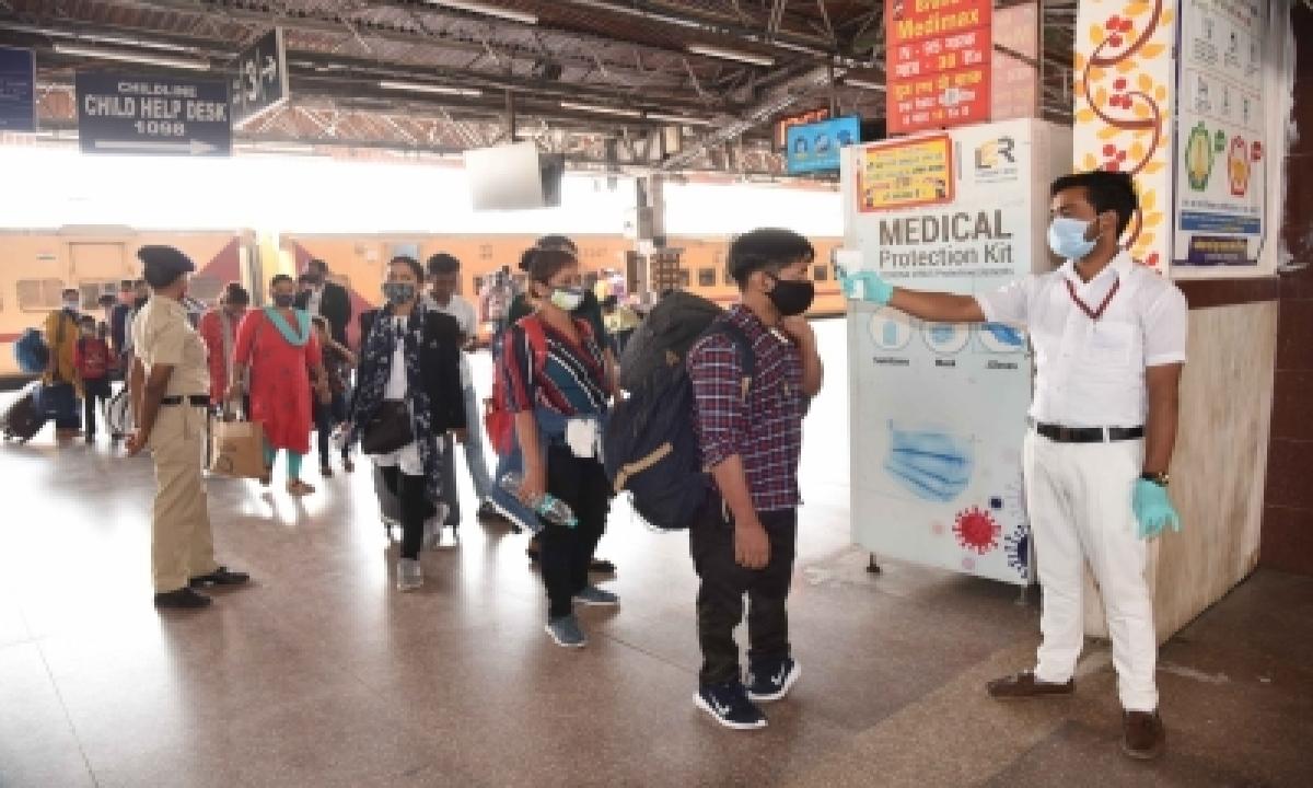 3 Railway Staff Among 14 Test Covid Positive At Patna Junction-TeluguStop.com