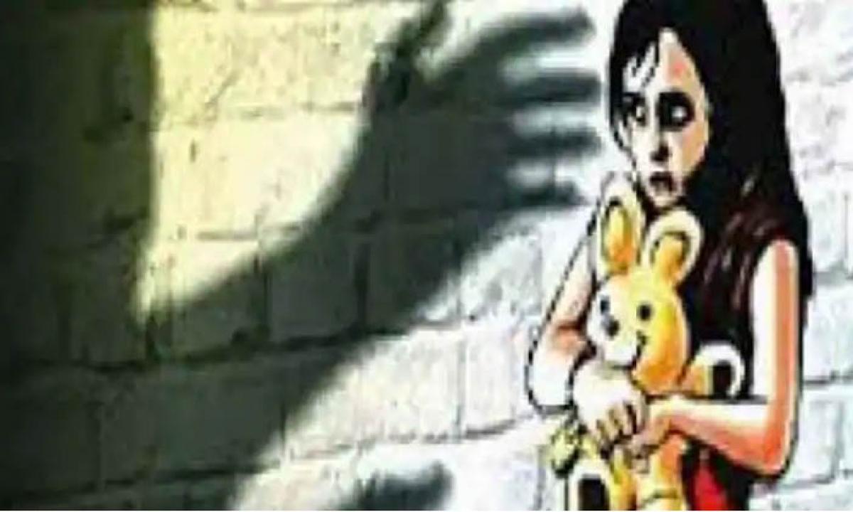 7 Years Old Girl Raped By His Father In Rajasthan-దారుణం : మద్యం మత్తులో కన్న కూతురి పై కీచక తండ్రి …-Latest News - Telugu-Telugu Tollywood Photo Image-TeluguStop.com
