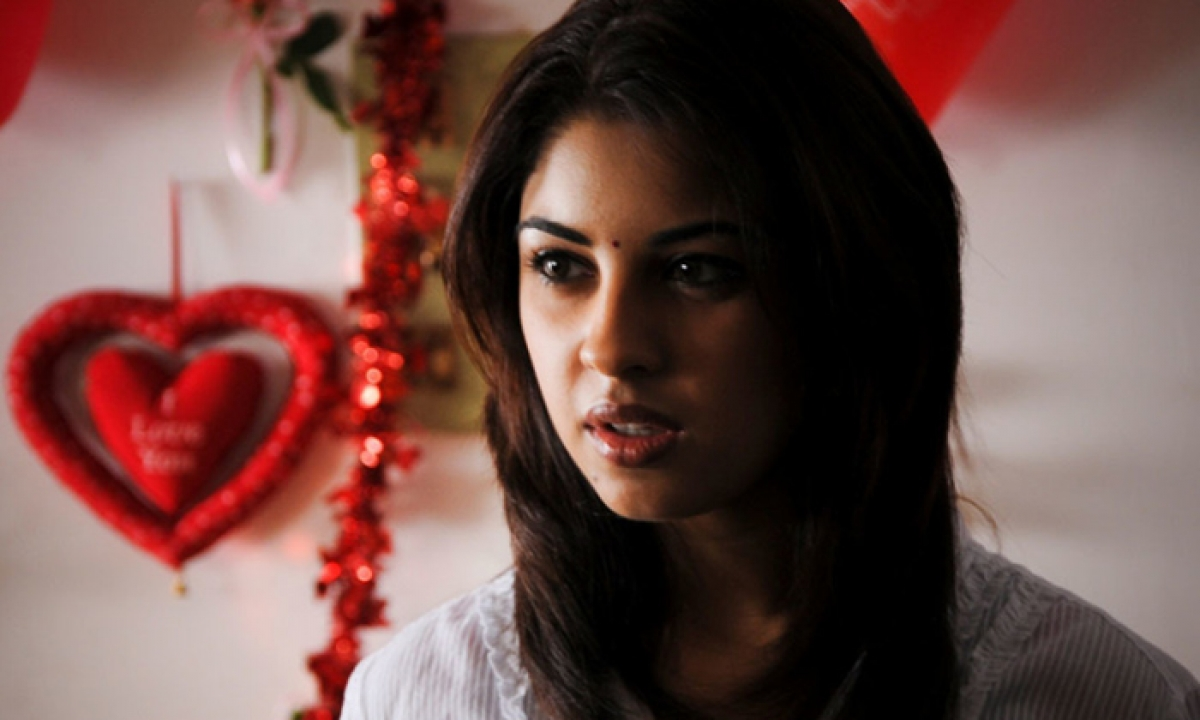 No Regrets Anything About Leaving My Reel Life For Real Life : Richa Gangopadhyay-TeluguStop.com