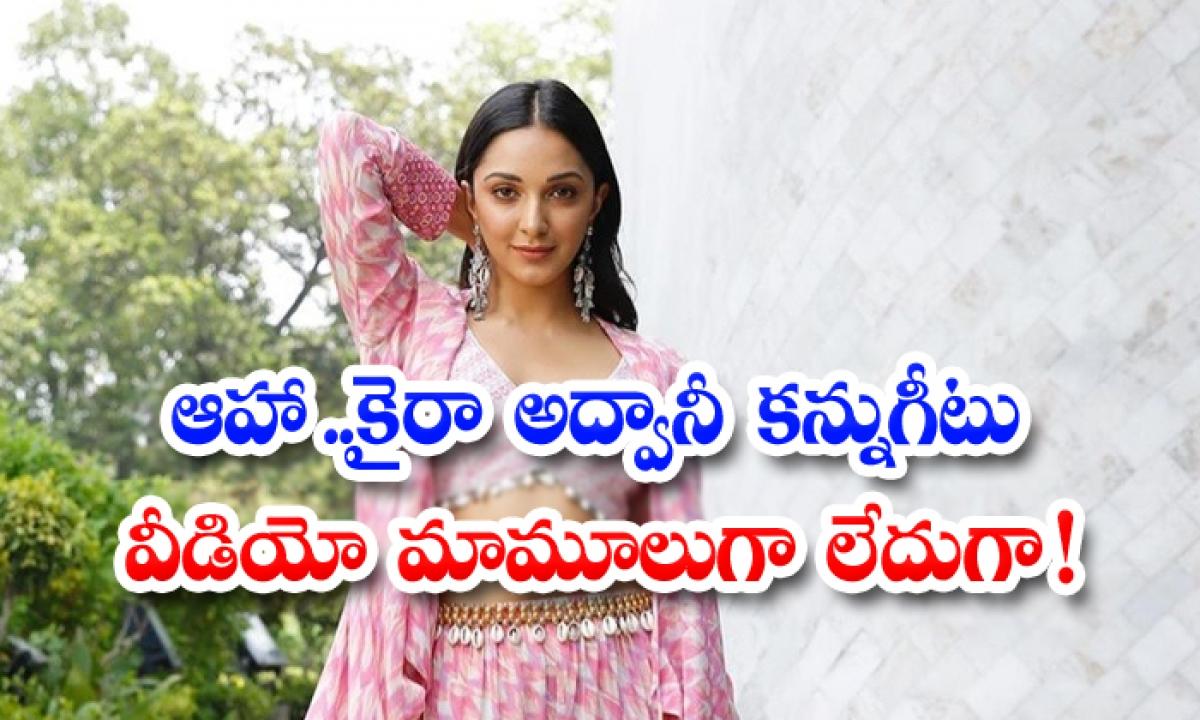 Bollywood Diva Kiara Advani Winiking In Manali Snow-TeluguStop.com
