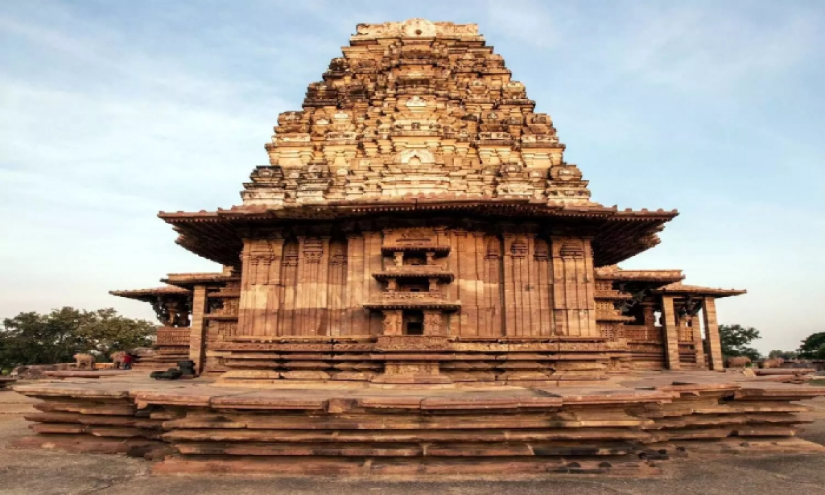 Committee Officials Will Visit Ramappa Temple To Draft Development Plans-Latest News English-Telugu Tollywood Photo Image-TeluguStop.com