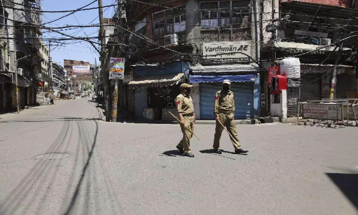 Day Time Curfew Enforced In P.Gannavaram Mandal Of East Godavari Dist-Latest News - Telugu-Telugu Tollywood Photo Image-TeluguStop.com