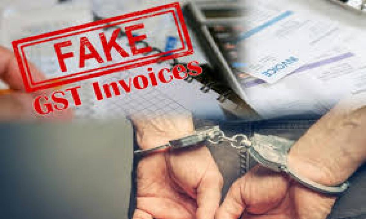 Gst Officials Arrest 215 In Fake Invoice Case-నకిలీ ఇన్వాయిస్ కేసులో 215 మందిని అరెస్ట్ చేసిన జీఎస్టీ అధికారులు..-General-Telugu-Telugu Tollywood Photo Image-TeluguStop.com