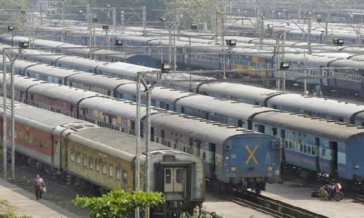Indian Railways To Run Special Trains From Secunderabad Via Vijayawada-Latest News English-Telugu Tollywood Photo Image-TeluguStop.com