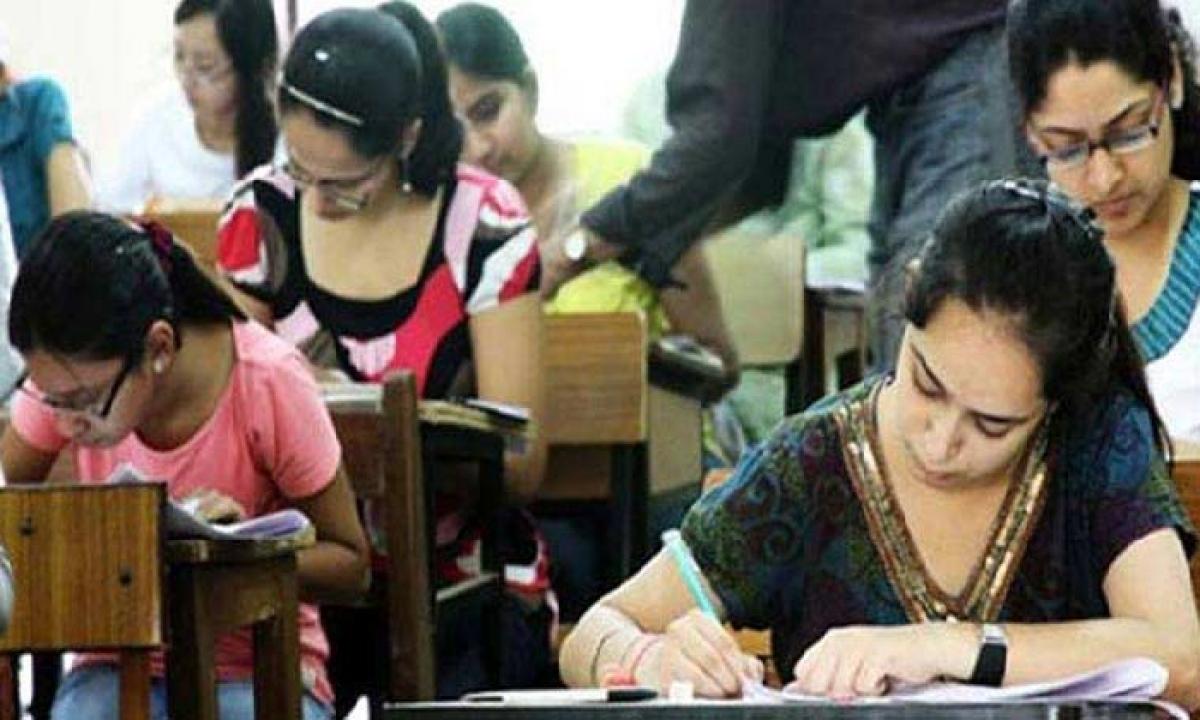 Kcr Govt Extended The Deadline For Ts Eamcet Registration Again-TeluguStop.com