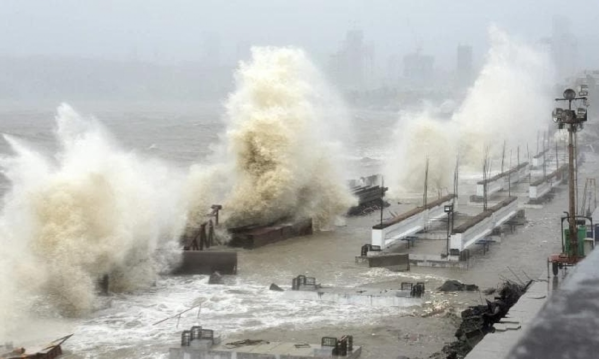 Modi To Visit Cyclone-affected Areas Tomorrow-Latest News English-Telugu Tollywood Photo Image-TeluguStop.com