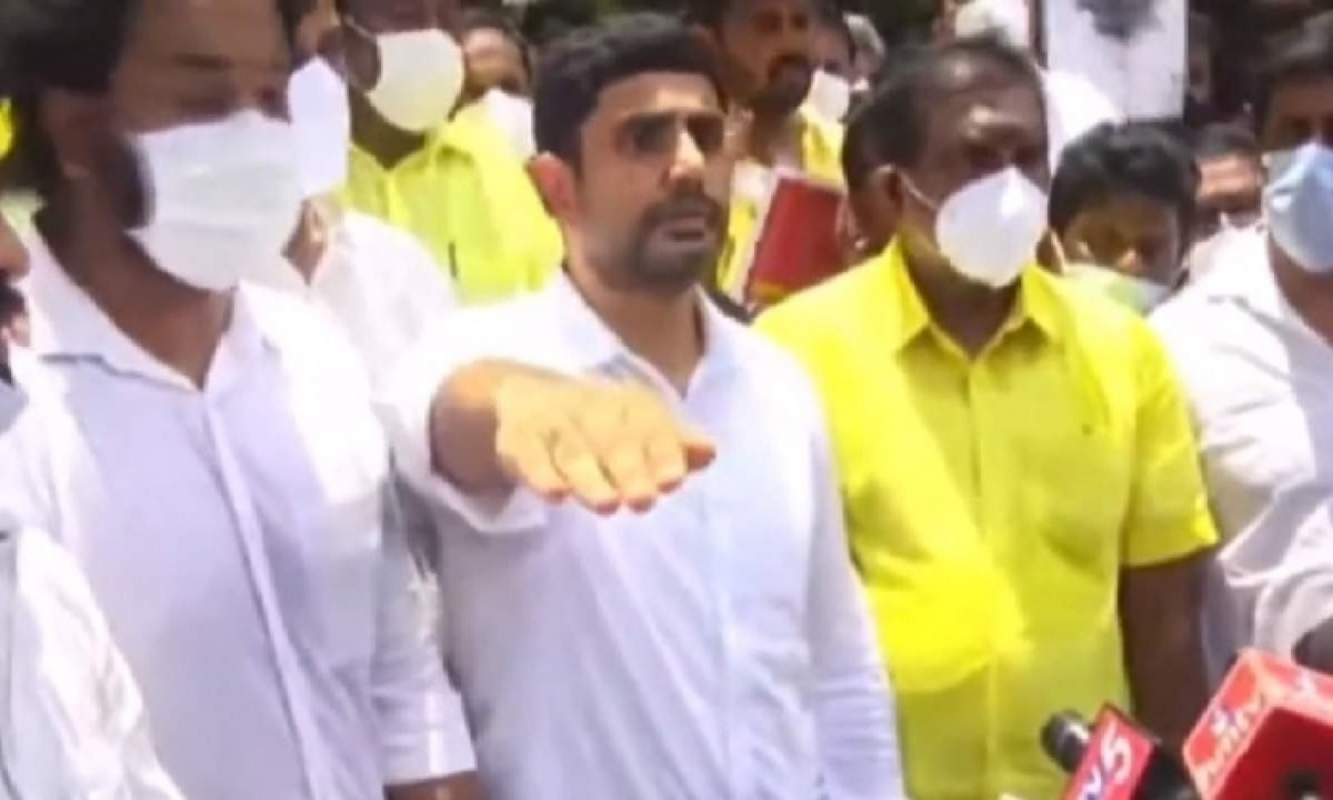 Lokesh Promises At Alipiri And Challenged Jagan To Do So!!-TeluguStop.com