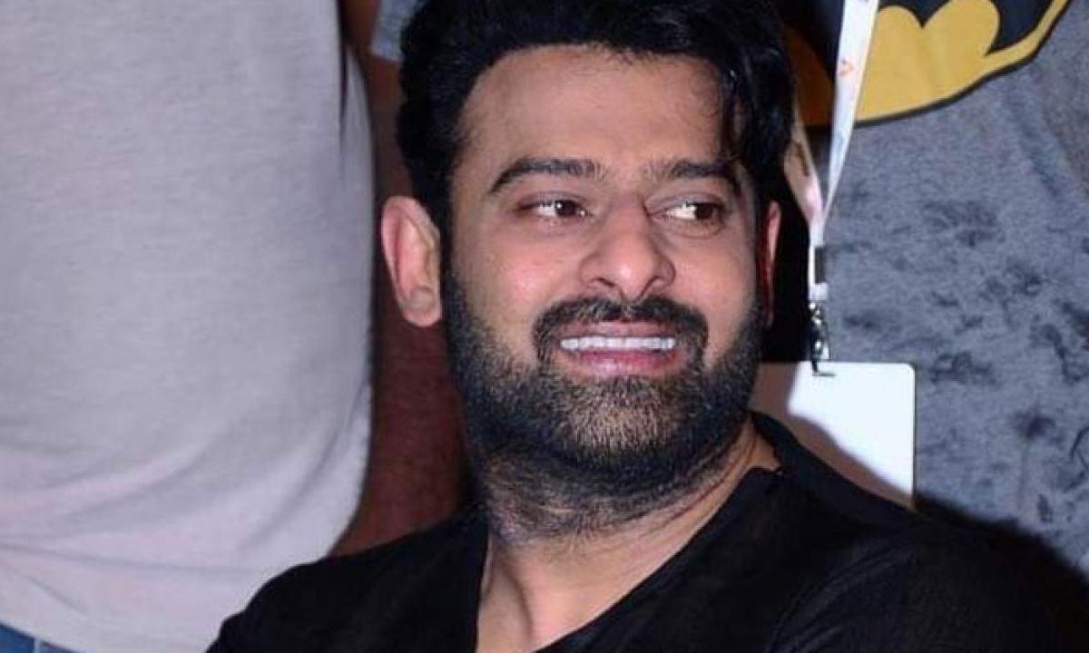 Prabhas Juggling Between Three Projects-TeluguStop.com