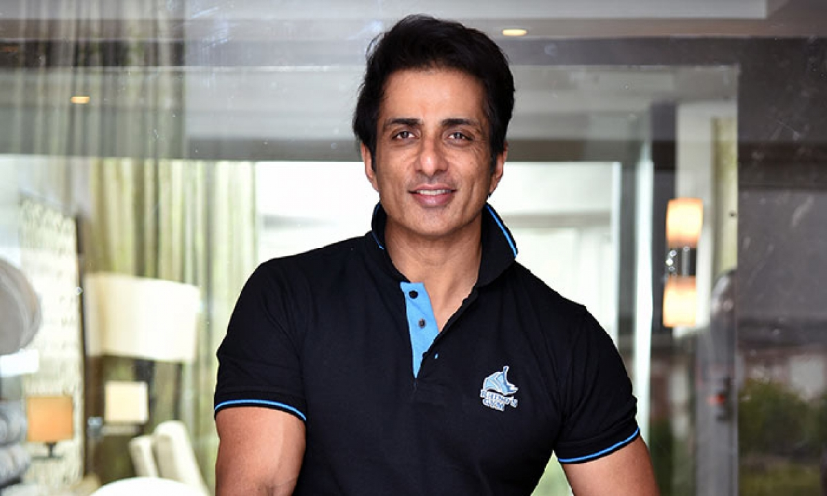 Punjab Government Awarded A Rare Tribute To Actor Sonu Sood !!-TeluguStop.com