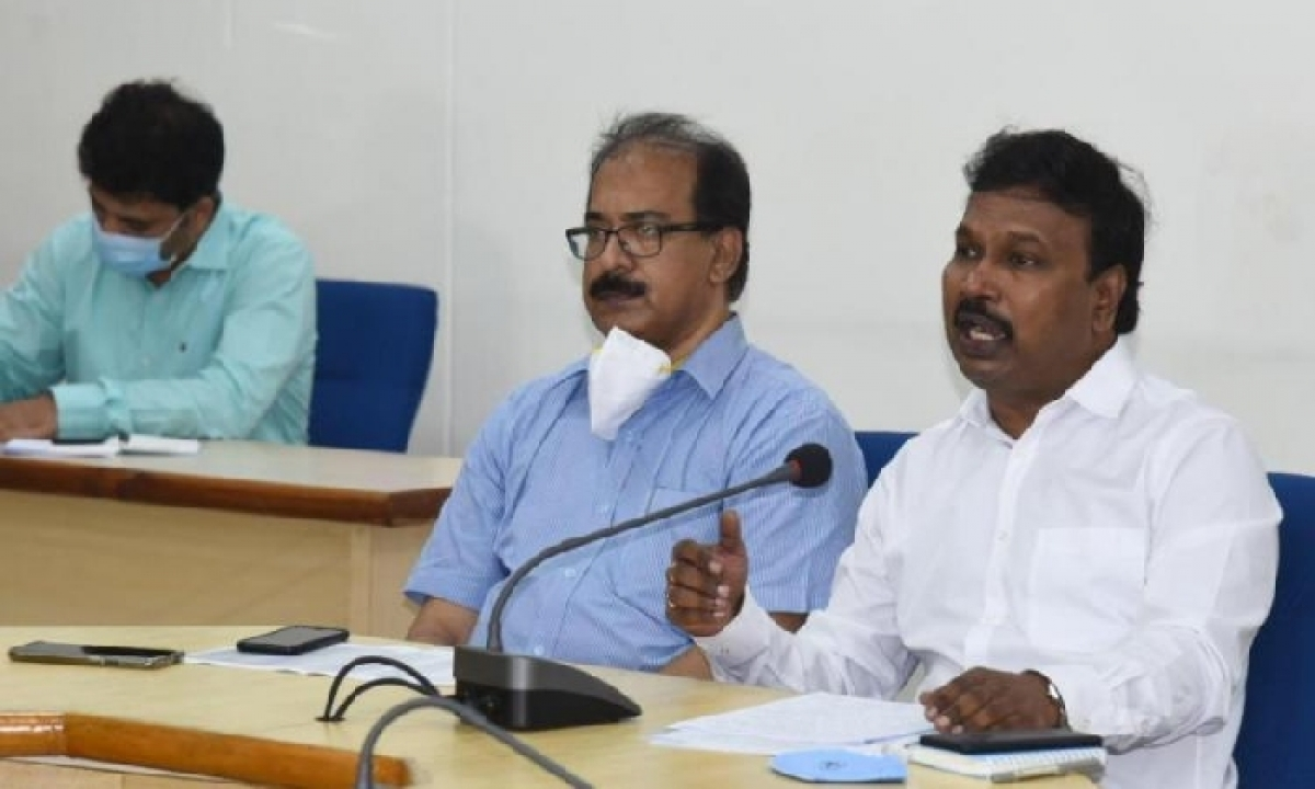 Corona Is Spreading At A Faster Rate Through The Air, Says Telangana Public Health Director-TeluguStop.com