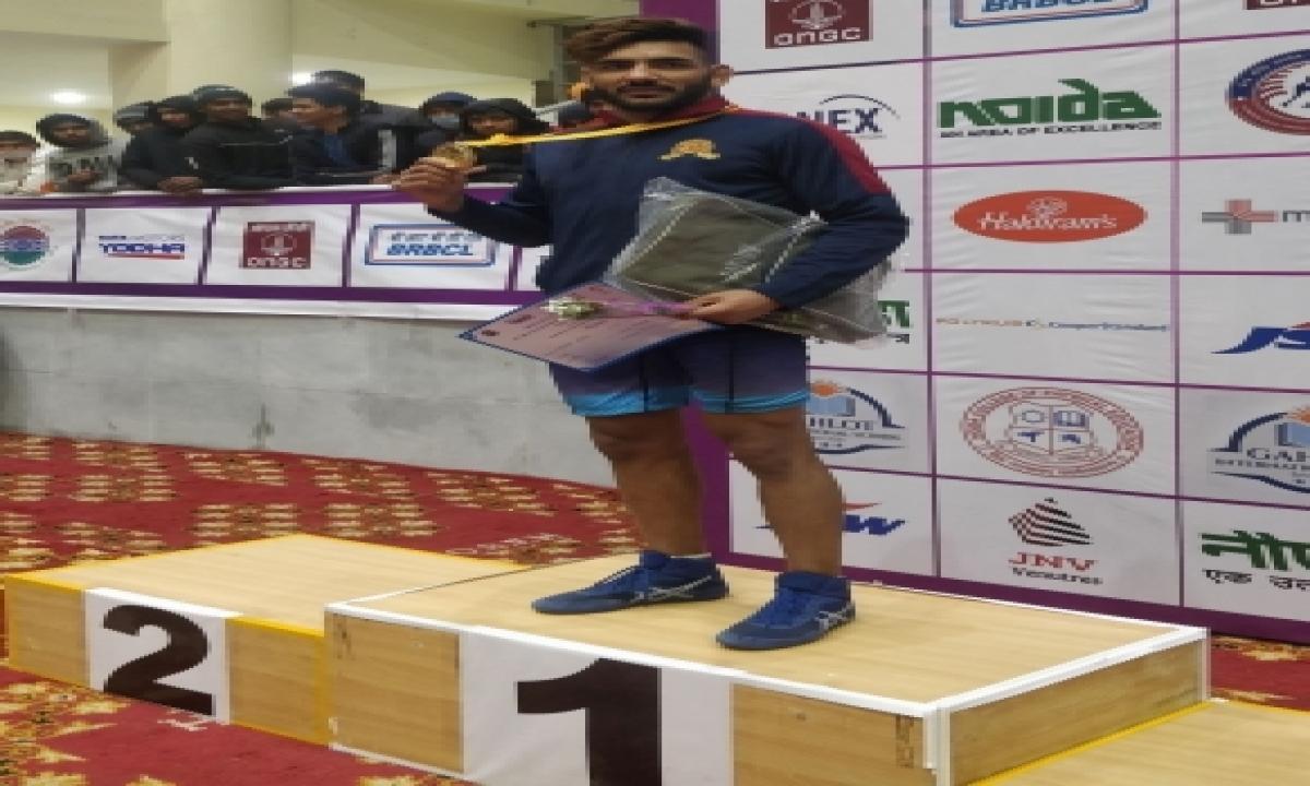 A Star Is Born: Sandeep Singh Steals Gold At Wrestling Nationals-TeluguStop.com