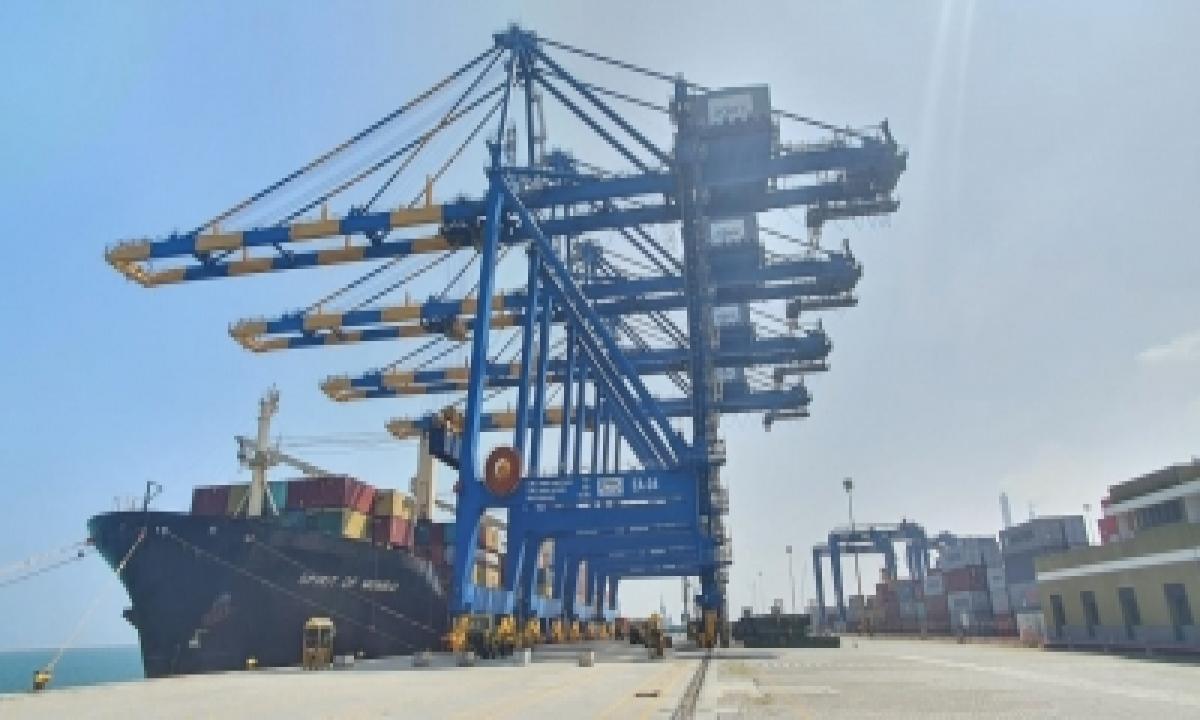 Adani Completes Acquisition Of Gangavaram Port-TeluguStop.com