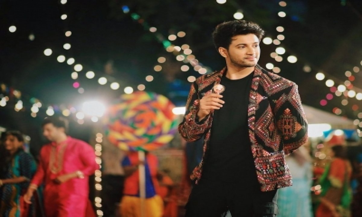 Akasa's New Party Number 'shola' To Feature 'ludo' Actor Rohit Saraf-TeluguStop.com