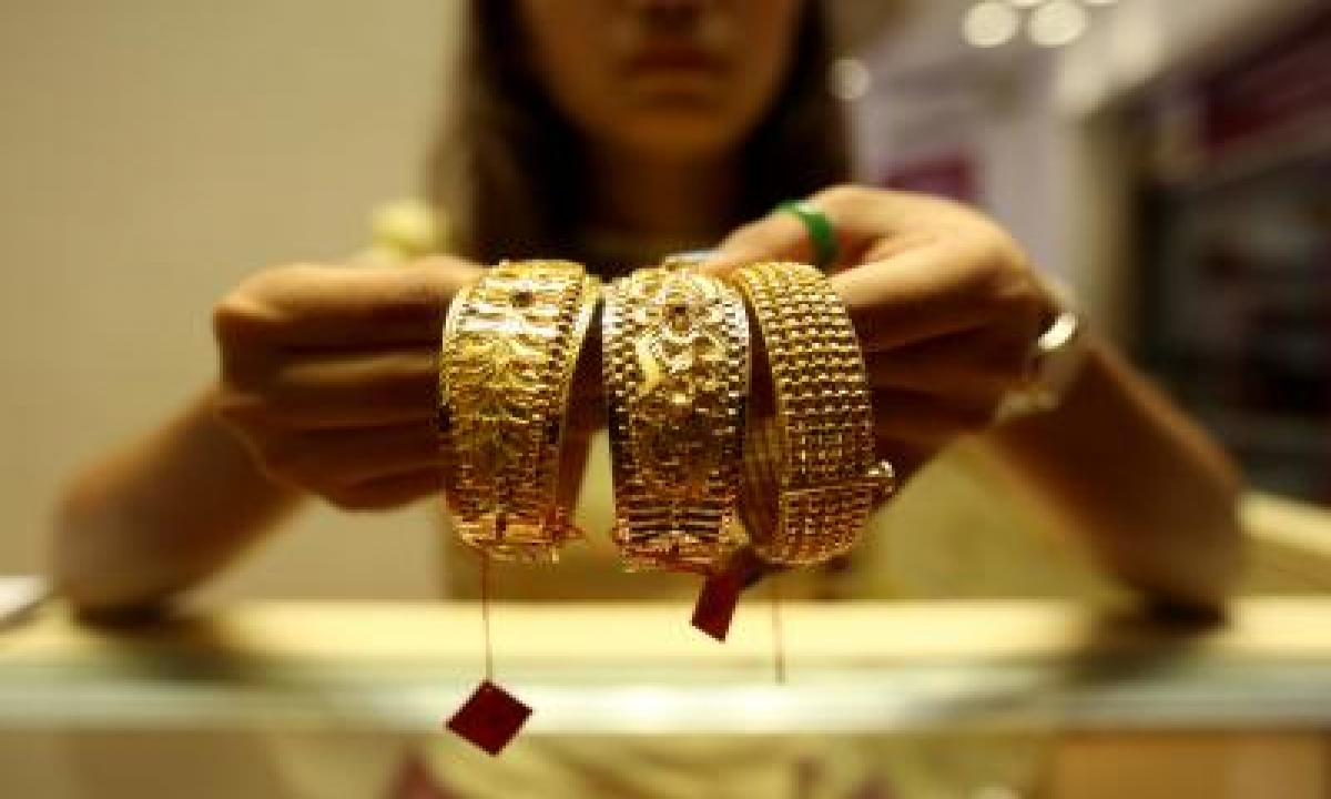 Amid Covid Fears, Gold/silver Sales Not Up To Expectation On Dhanteras-TeluguStop.com