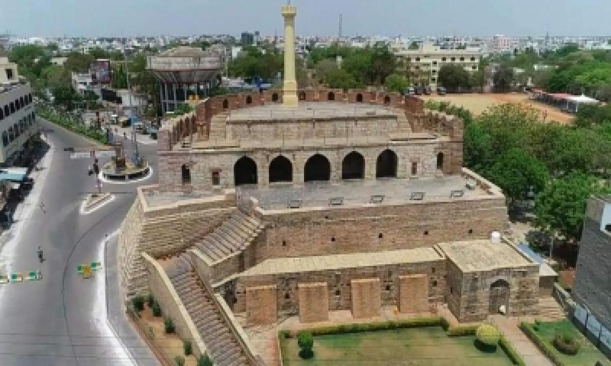 Andhra Extends Partial Curfew, Reduces Curfew Timings-TeluguStop.com