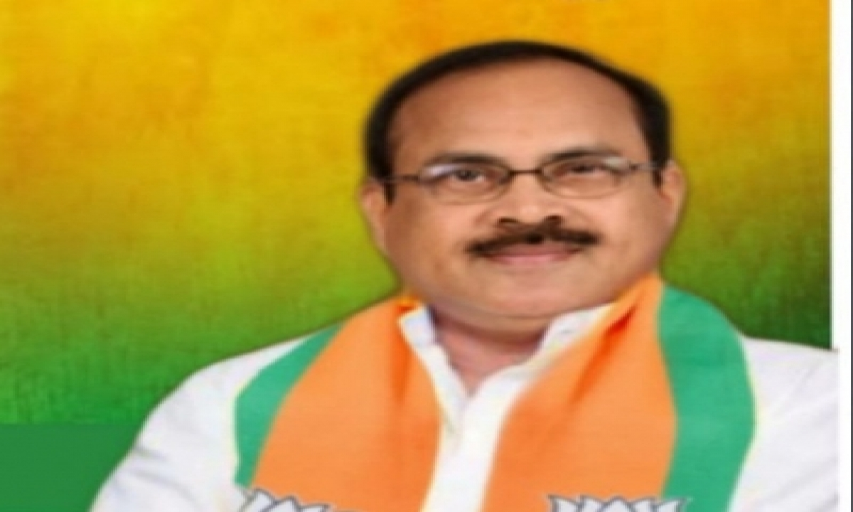 Another Jolt To Bjp In Telangana As Ex-minister Quits-TeluguStop.com