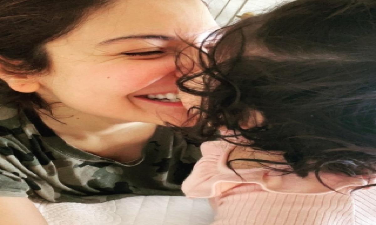 Anushka To Daughter Vamika: Making Me Braver, Courageous Every Day – Mumbai Bollywood | Hindhi Movie Cricket | Bcci | Icc | Ipl News | Cinema/showbiz,bollywood-TeluguStop.com