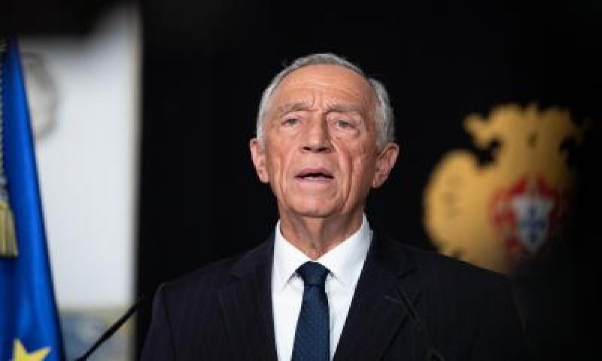 April To Be Decisive Against Covid: Portugal Prez-TeluguStop.com