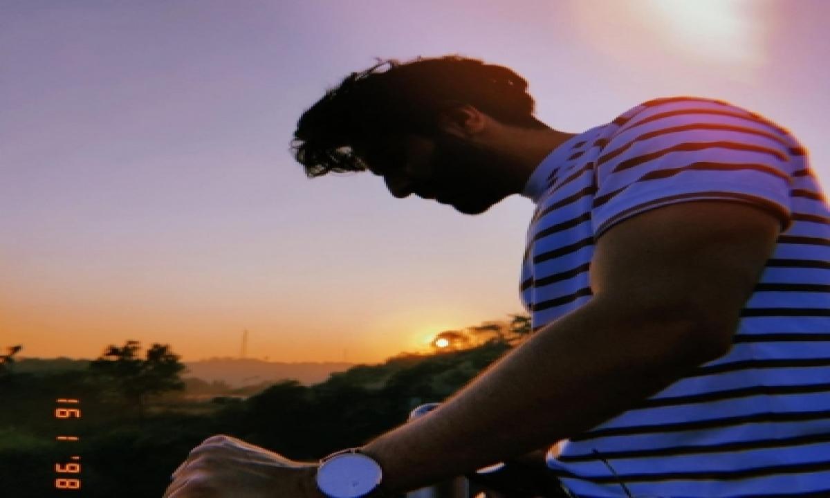 Ayushmann Khurrana Turns On His Poet Mode For Latest Post-TeluguStop.com