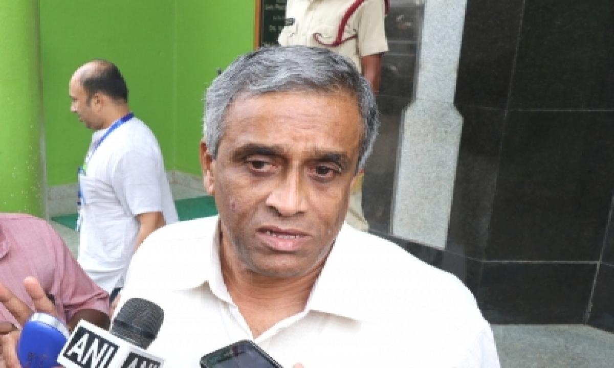 Be Vigilant, Akshay Kumar's Team Tested Positive For Covid-19: Mgp Leader-TeluguStop.com