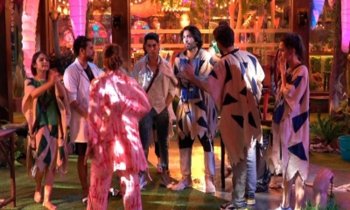 'bigg Boss 15': Love Lost, Friendships Broken Inside The House – Mumbai News   Cinema/showbiz,tv/ott-TeluguStop.com