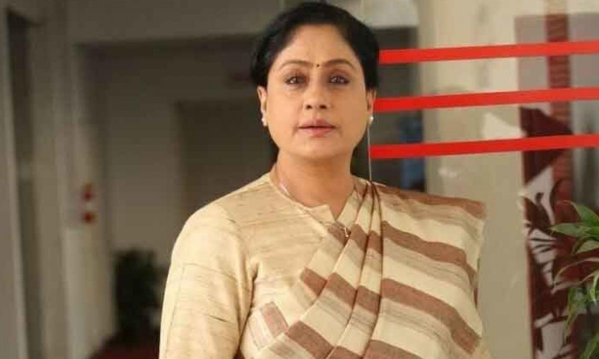 Bjp Leader Vijayashanti Comments On Trs And Cm Kcr-TeluguStop.com