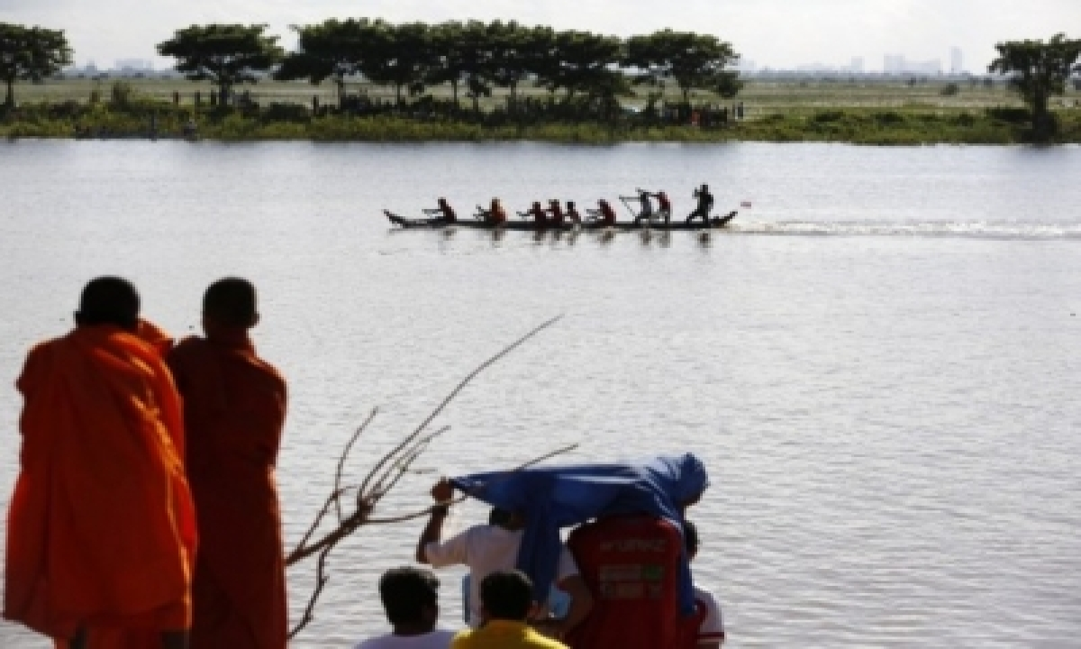 Cambodia Calls Off Water Festival For 2nd Straight Yr – International,politics-TeluguStop.com