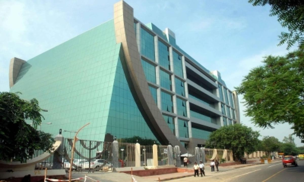 Cbi Court Issues Arrest Warrant Against Tmc Youth Leader (ld)-TeluguStop.com