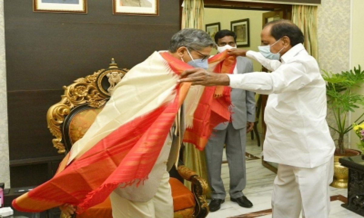 CJI Arrives In Hyderabad To Warm Welcome On Maiden Visit-General-English-Telugu Tollywood Photo Image-TeluguStop.com