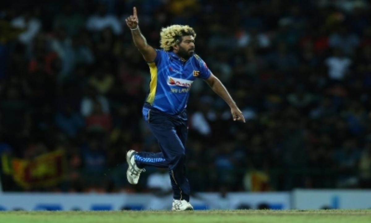 Cricketing World Looks Back At Malinga's Illustrious Career-TeluguStop.com