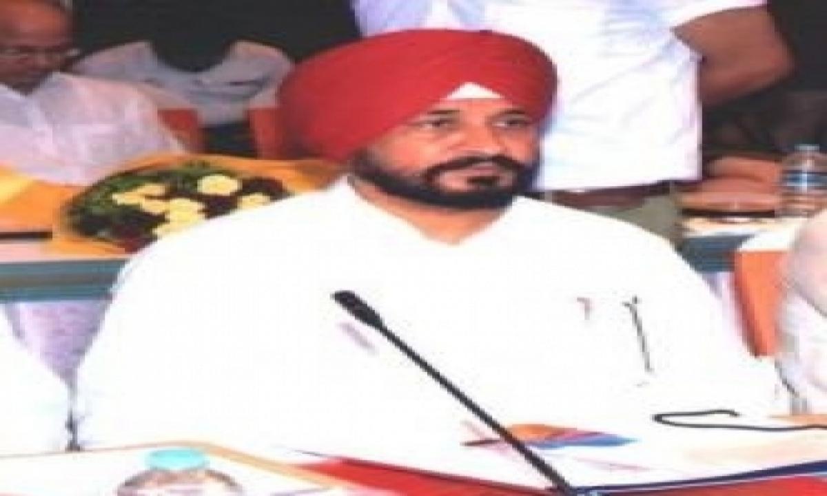 Dalit Sikh Channi Takes Oath As Punjab Cm With A Jat Sikh & A Hindu Deputy-TeluguStop.com