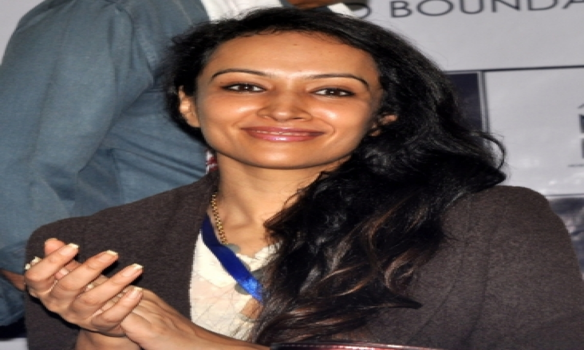 Dipannita Sharma On 'raat Baaki Hai' Shoot In Rajasthan-TeluguStop.com