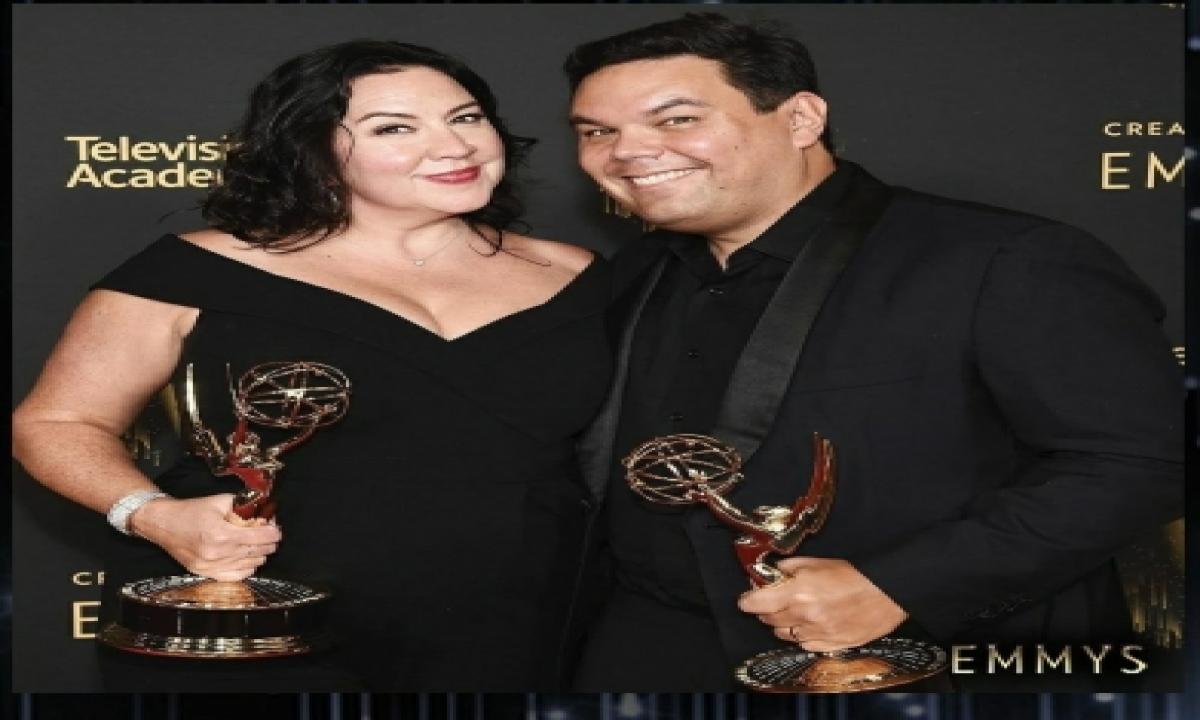 Dolly Parton, Robert Lopez Among Winners Of Creative Arts Emmy Awards-TeluguStop.com