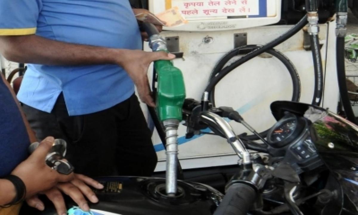 Double Century In Sri Ganganagar: Petrol-diesel Cross Rs 100/l Mark-TeluguStop.com