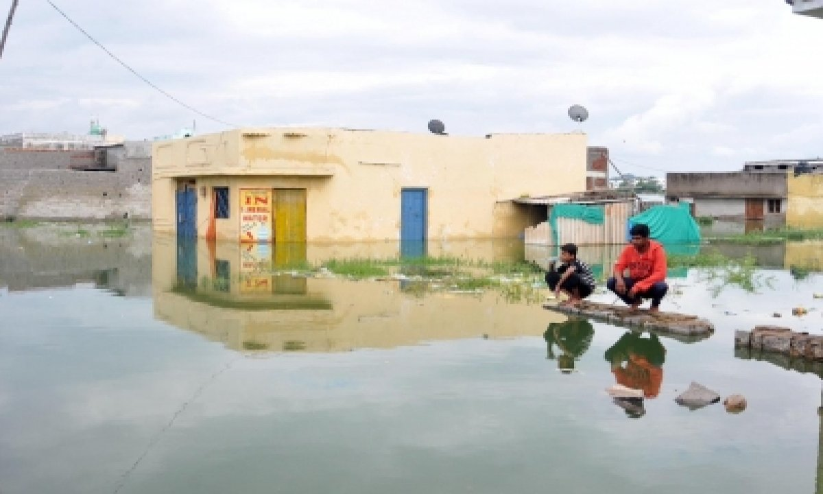 Drain Expansion Drive In Hyderabad To Avoid Flood-like Situation-TeluguStop.com