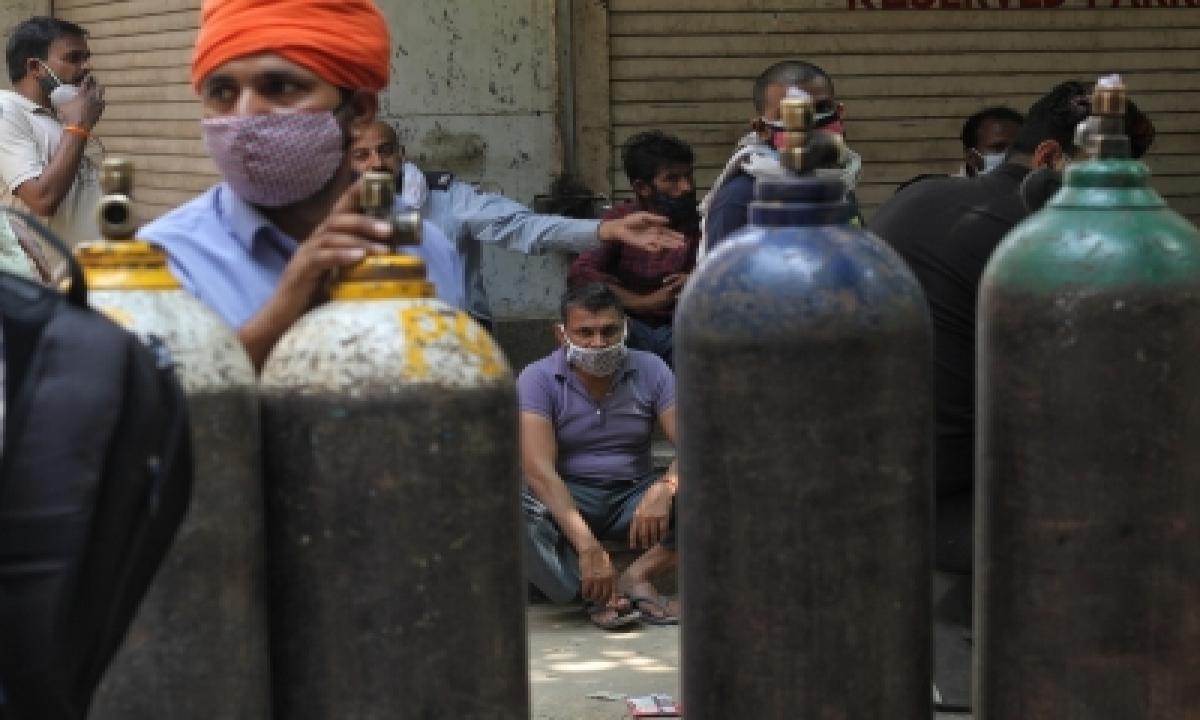 Drdo Supplies 100 Oxygen Cylinders To Hyderabad Hospital-TeluguStop.com