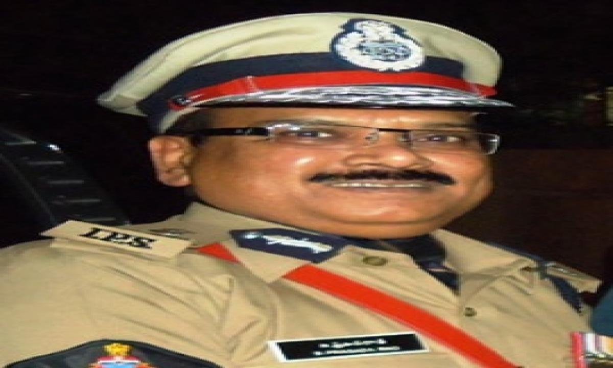 Ex Andhra Dgp Prasada Rao Passes Way In Us-TeluguStop.com