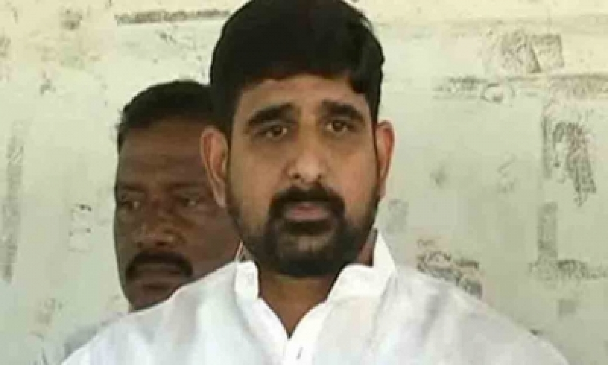 Ex-cong Leader Kaushik Reddy To Join Trs-TeluguStop.com