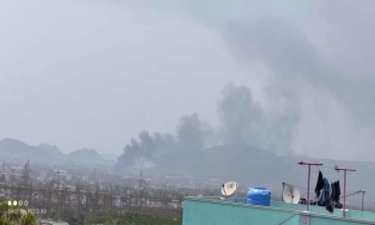 Fire At Scrapyard Leads To Panic In Andhra Sez-TeluguStop.com