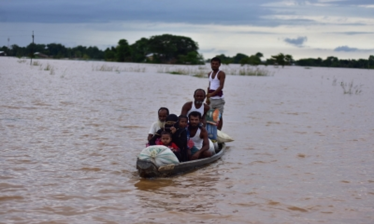 Four Drown As Boat Capsizes In Assam, Bodies Recovered-TeluguStop.com