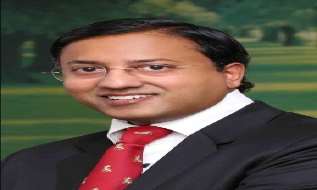 Hyd Doctor Raghu Ram Is First Indian To Receive Asgbi Honour-TeluguStop.com
