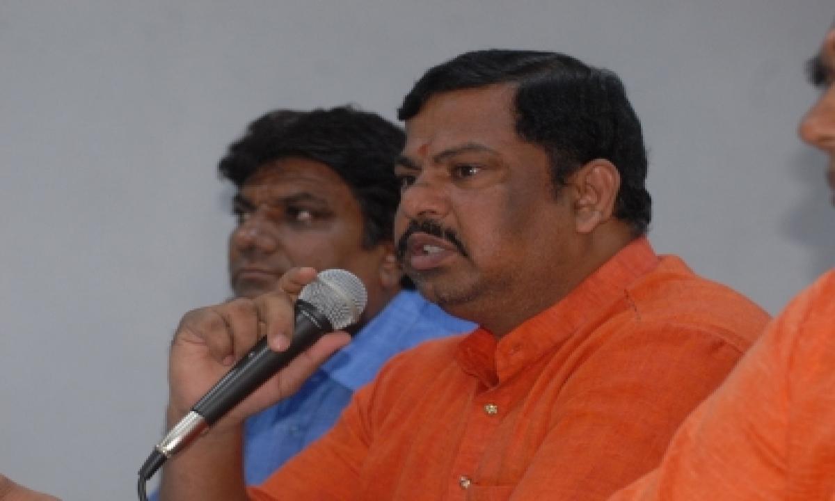 Hyderabad Bjp Mla Complains Of Receiving Threatening Calls-TeluguStop.com