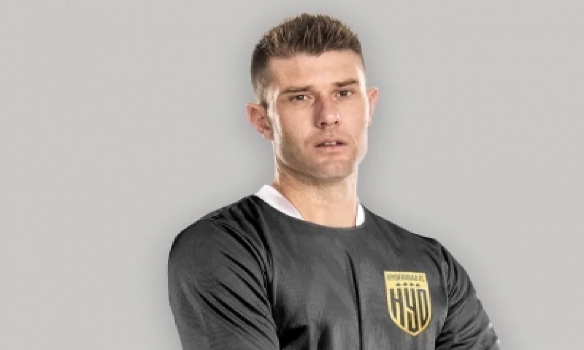 Hyderabad Fc Sign Spanish Defender Gonzalez For Upcoming Season-TeluguStop.com