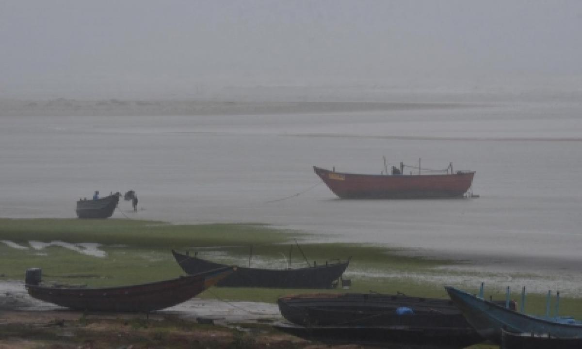 Imd Issues Pre-cyclone Watch For Odisha, Ap Coasts-TeluguStop.com