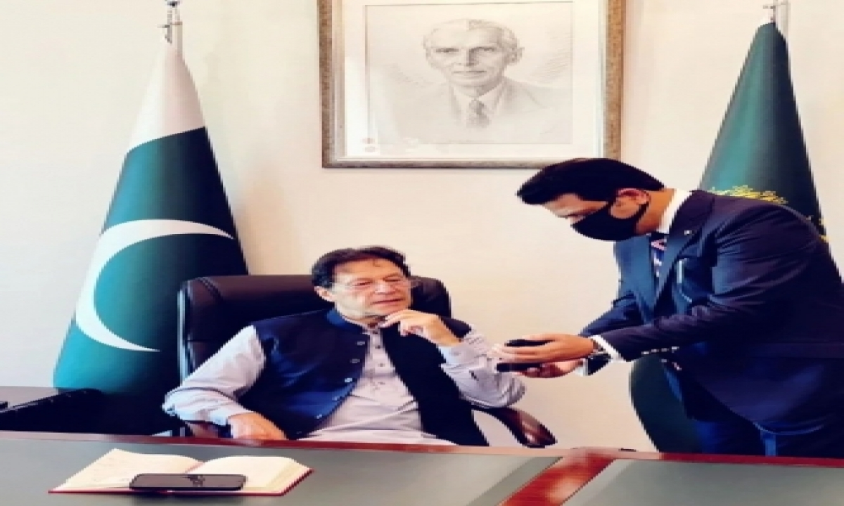Imran Khan Is Also A Puppet: Taliban Spokesman-TeluguStop.com