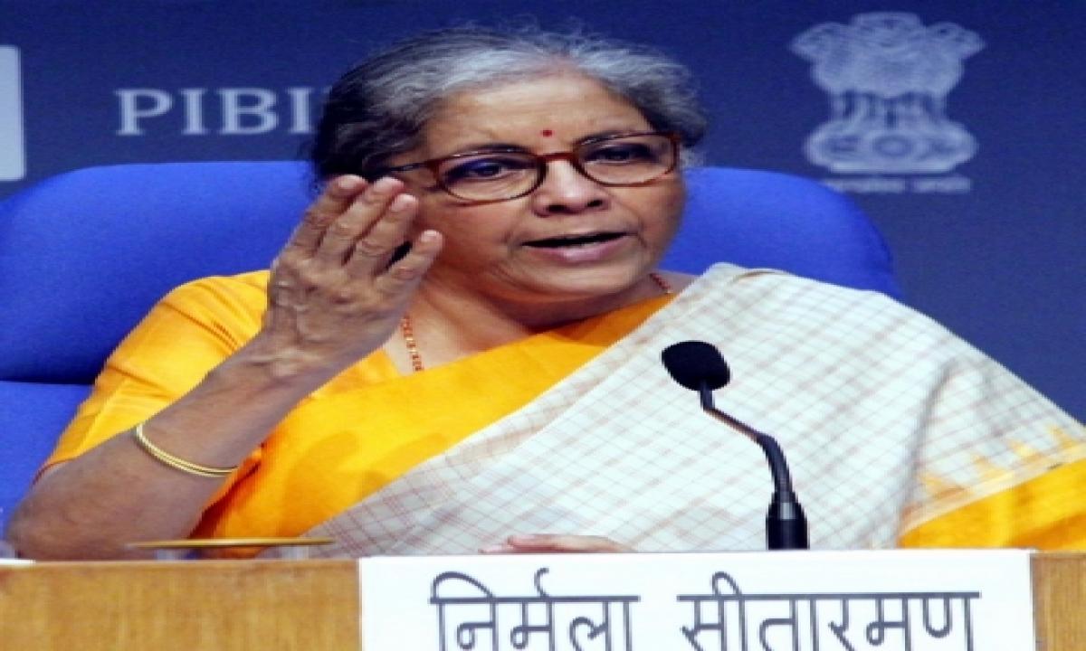 India Needs 4-5 More Sbi Sized Banks: Fm-TeluguStop.com